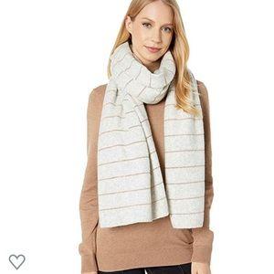 UGG Lurex Striped scarf / Wrap NWT LIGHT GREY